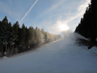 Přidáno 10cm nového sněhu. - Velikostfotografie:77kB